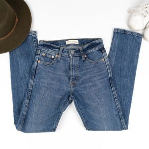 Gap High Rise Slim Straight Jeans